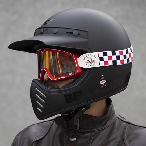Bell Moto 3 >> Bell Moto 3 Classic Blackout Helmet In Matt Black