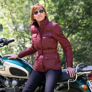 Belstaff Trialmaster Pro wax cotton ladies jacket in racing redAlternative Image2