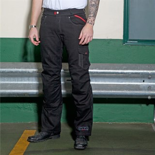 Halvarssons Curtis trousers in blackAlternative Image2