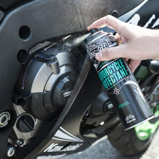 Muc-Off Motorcycle Protectant 500mlAlternative Image3