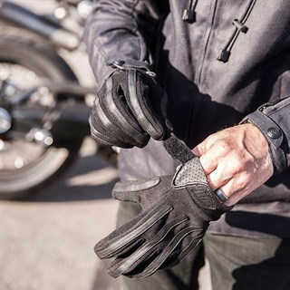 Roland Sands Strand gloves in blackAlternative Image2