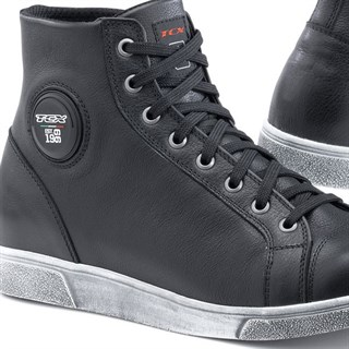 TCX X-Street Waterproof boots in black Alternative Image1