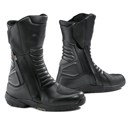 Forma Cortina Outdry boots in black