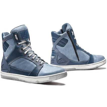 Forma Hyper boots in denim blue