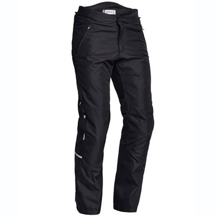 Halvarssons V trousers in black