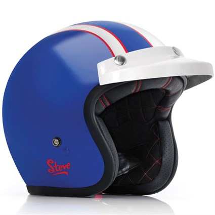 Bell motorcycle helmet in blue: replica of that worn by the actor and racer Steve McQueen in the 1964 ISDT when competing for the American Vase Team
