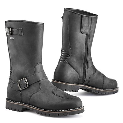 TCX Fuel Gore-Tex boots in black