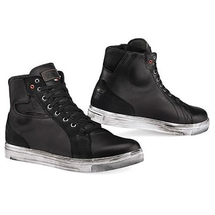 TCX Street Ace Waterproof boots in balck