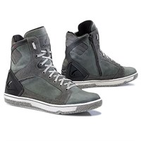 Forma Hyper boots in anthracite