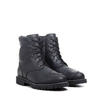 TCX Hero boots in black
