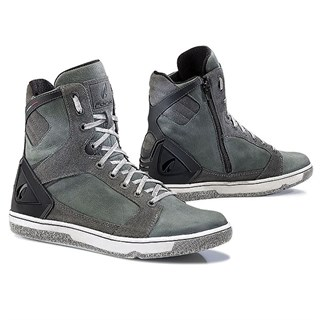 Forma Hyper boots in anthracite 40