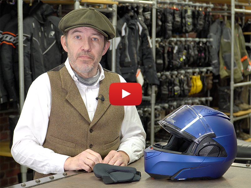 Chris reviewing Shark Evo GT helmet