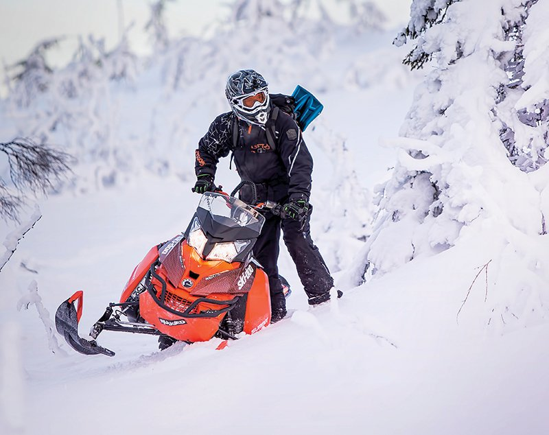 Halvarssons snowmobile