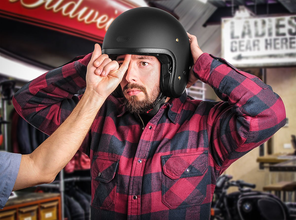 Motorcycle helmet fitting